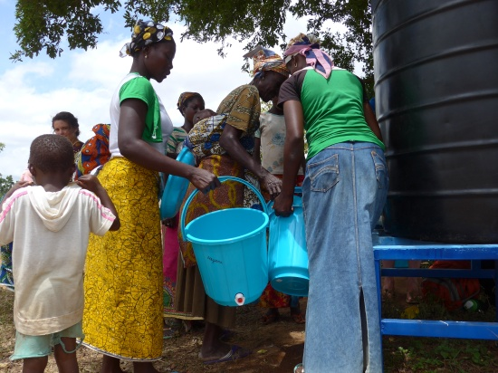 Customers at the Manguli II water treatment center
